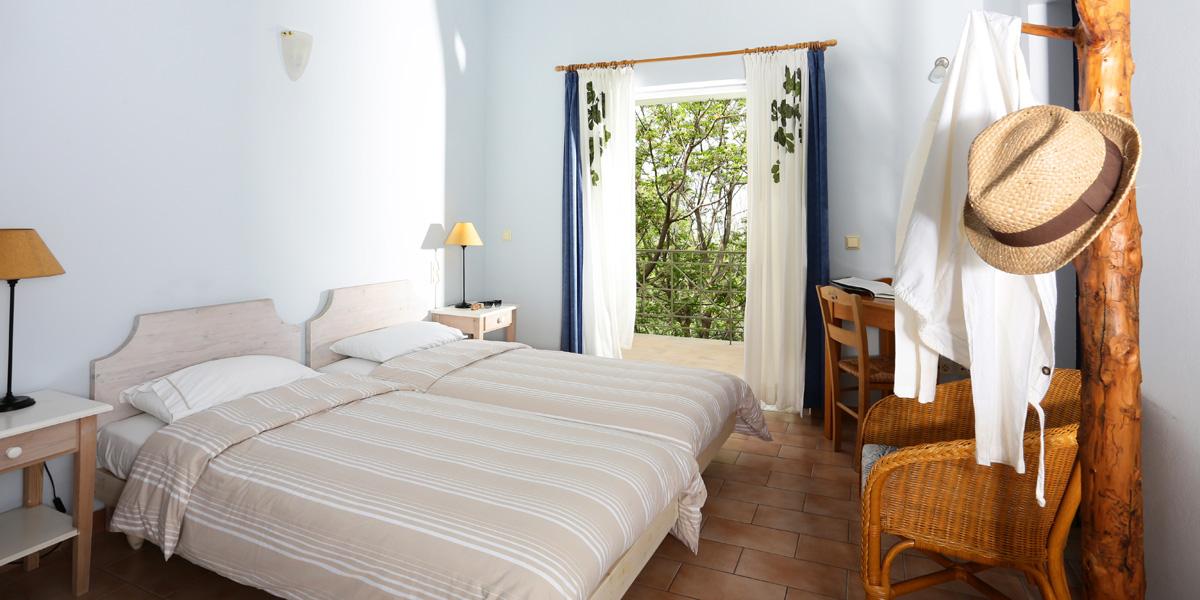 Chambre Pour Deux Personnes Avec 2 Lits Une Place H Tel Eleonas