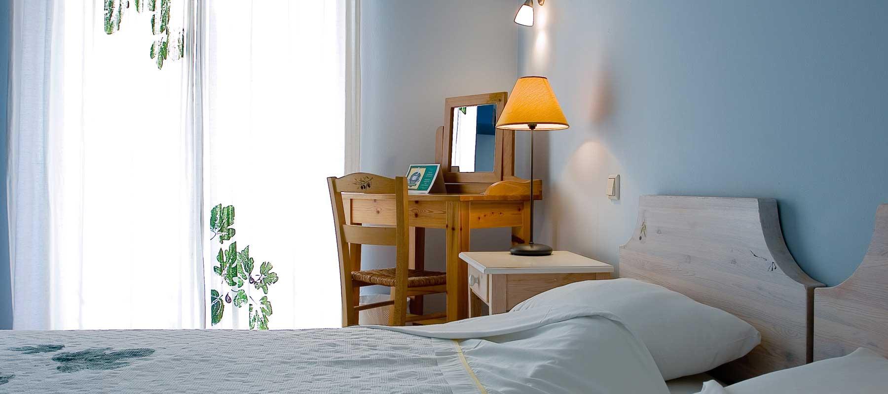 Geräumige Zimmer mit privatem Garten oder Veranda, ideal um den Sonnenuntergang zu geniessen…